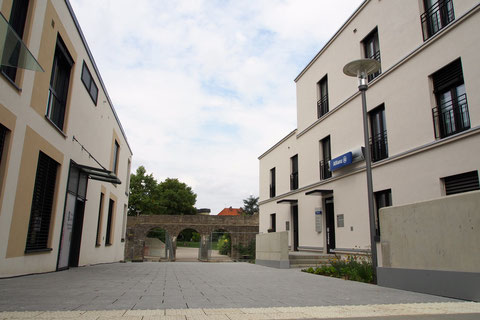 Neubauten Hadergasse Schweinfurt 2014 - Stadtmauerdurchgang zum Theater