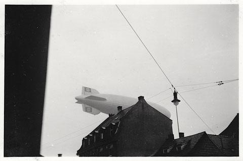 Zeppelin mit Hakenkreuz über Schweinfurt - 12. August 1939