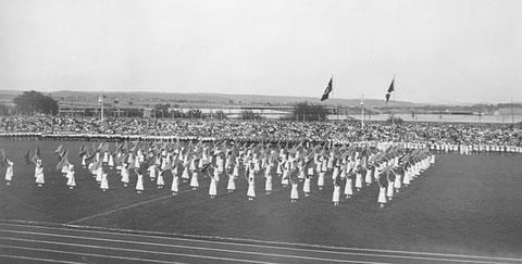1936 - Einweihung des Willy-Sachs-Stadions