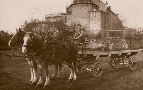 Pferdelieferwagen der Brauerei Wagner vor dem Saalbau - ca. 1910