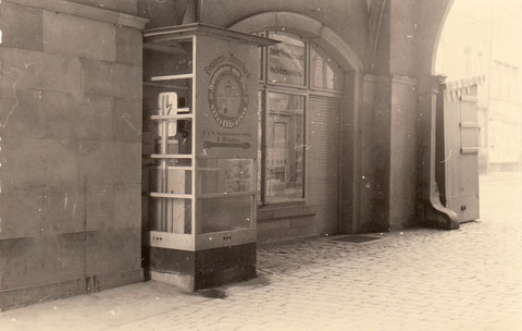 Personenwaagenautomat im Rathausdurchgang