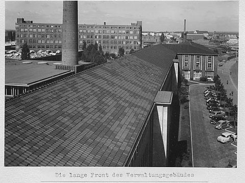 Dach des Verwaltungsgebäudes