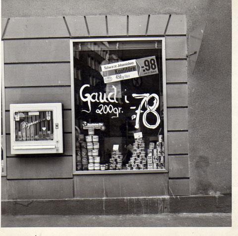 Statt Gauda .. Gaudi !! Käse-Kress in der Judengasse um 1964. Danke an Klaus Best
