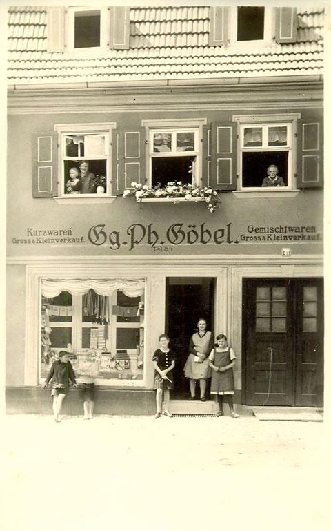 Wolfsgasse 41 - Kurzwarenhändler Gg. Ph. Göbel (aufgenommen in der 1930ern)