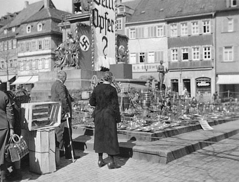 Metallsammlung am Rückertdenkmal - 1940