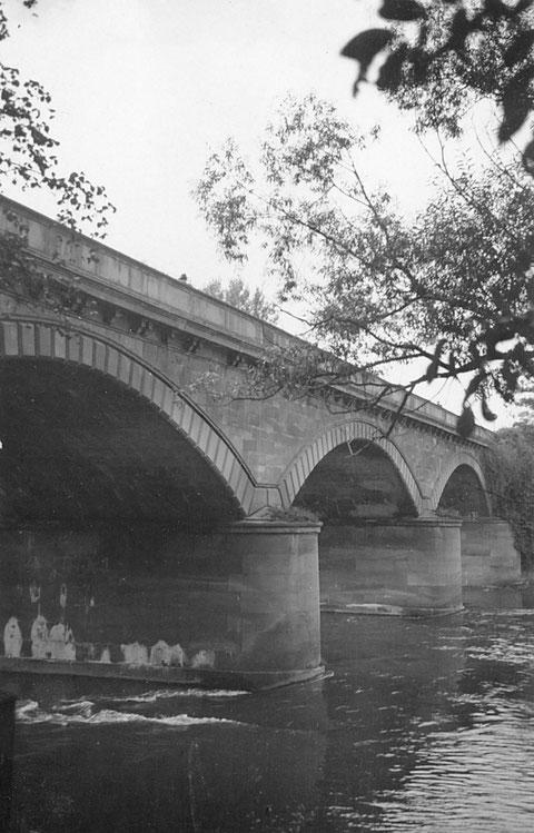 Alte Brücke über den Saumain 1931 - Danke an Holger Meyer