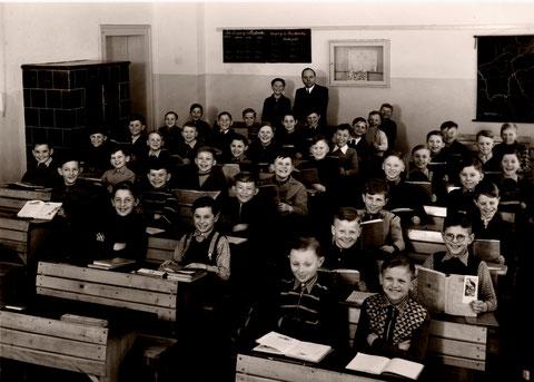 Körnerschule März 1953, 4. Klasse, Lehrer: Georg Hofmann (1907 - 2005)