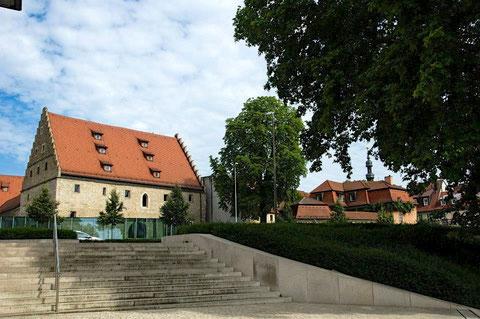 Der Ebracher Hof Schweinfurt - fotografiert von der Mainlände 2014