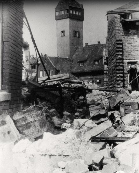 Blick auf den Feuerwehrturm, der einst an der Bauerngasse neben dem Zeughaus stand