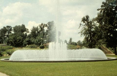 Juni 1966 - Brunnen Wehranlagen