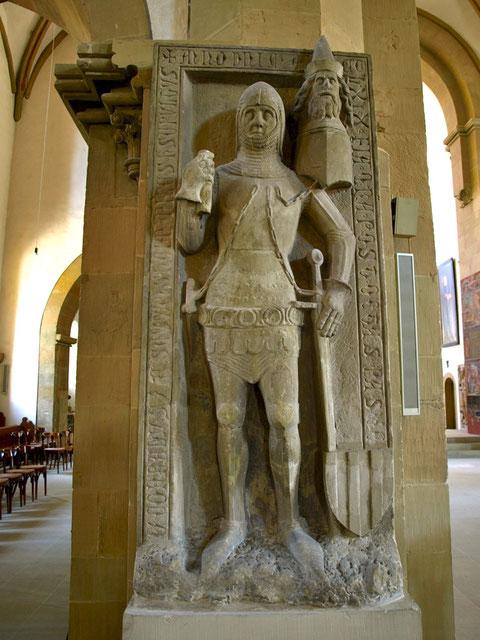 Grabplatte des Conrad v. Seinsheim; heute in der St. Johanniskirche