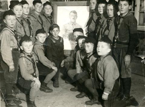 Hitlerjugend in Sulzheim 1934 - Danke an Gerhard Ahles