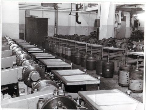 Lebensdauerprüfmaschinen Kugellager SKF - Danke an Gerhard Ahles