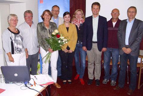 Von links: Brigitte Stock, Theodor Hergenröther, Kathi Petersen, Peter Steinmüller, Katharina Räth, Marietta Eder, Landratskandidat Florian Töpper, Wolfgang Schmitt-Kirchner, Joachim Schmidl