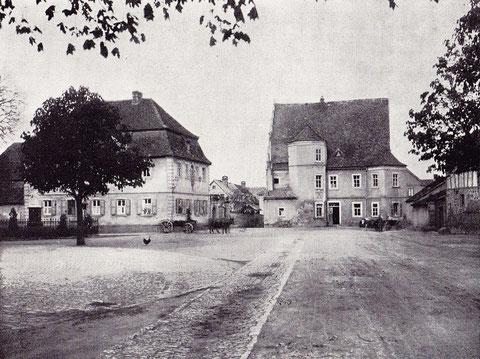 """Lehrerwohnhaus - erbaut 1781 und """"Gasthaus zum Adler"""" erbaut um 1600"""