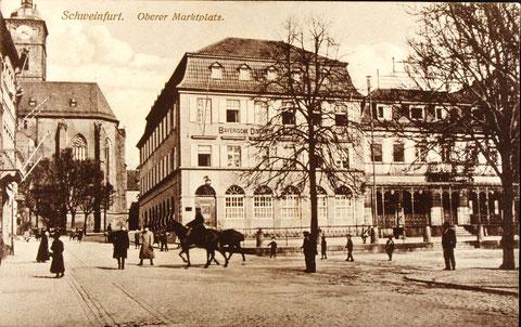 Reiter auf dem nördlichen Marktplatz