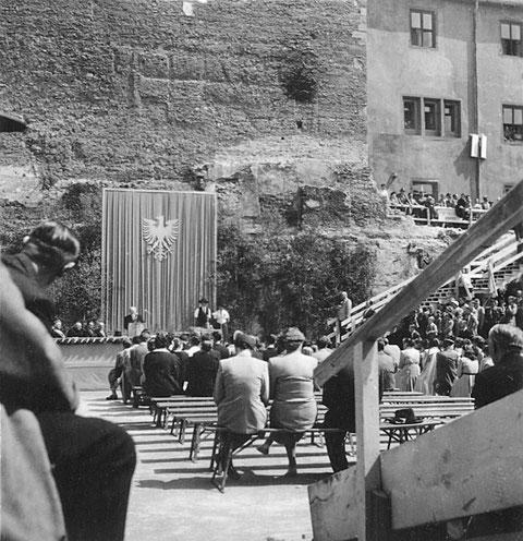 9. Mai 1954 - Grundsteinlegung zum Rathausbau