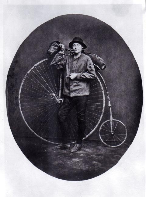 Unbekannter Schweinfurter - einer der ersten Radler....