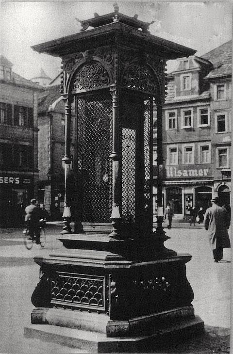 Der Lügenbeutel auf dem Marktplatz (Wetterstation) - Original