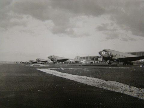 R 25 auf dem Schweinfurter Militärflugplatz 1945