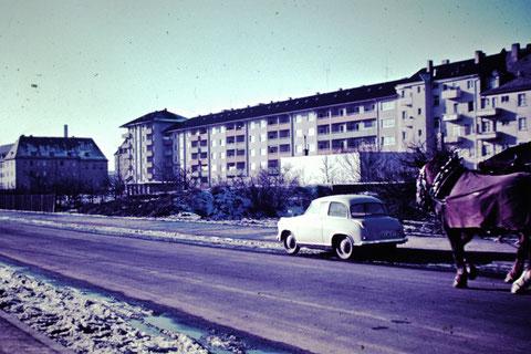 1958 - Kugelfischer-Wohnungen Rückansicht von Schrammstraße aus gesehen - Danke an Christel Feyh - Foto Helmut Feyh