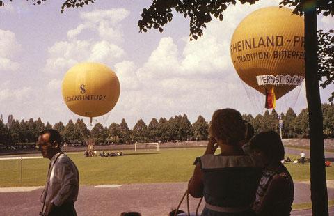 7. Juni 1959 Weitere Gasballons im Willy Sachs Stadion