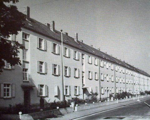 Gartenstadtstraße 55 - 75 nach der Aufstockung 1965, abgerissen 2005