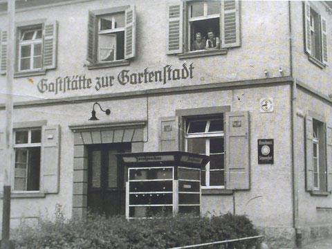 """Gaststätte """"Zur Gartenstadt"""" in der Gartenstadtstraße 1927 - danke an Peter Hösel"""