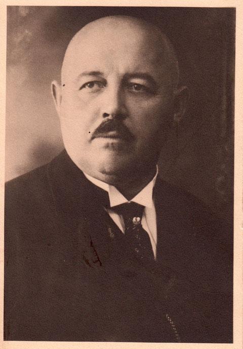 Direktor Otto Gieß; In dieser Funktion vom 1. August 1921 bis 20. August 1936; gest. 24. August 1937