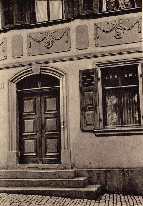Krumme Gasse 14 im Jahr 1908. Eigentümer war damals der Weingroßhändler Louis Brandis