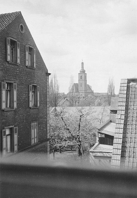 Blick von der Roßbrunnstraße auf die Kilianskirche 1938 - Danke an Holger Meyer