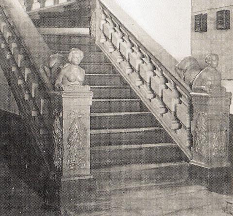 Treppenaufgang im Cafe Schneider