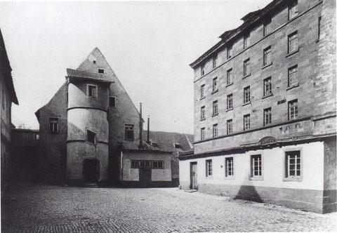 Spitalhof - rechts das Gebäude das im 19. Jahrhundert als Zuckerfabrik genutzt wurde