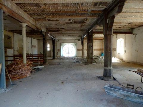 Das Zeughaus (Erdgeschoss) im Mai 2013 - Der Urzustand wird wieder hergestellt!