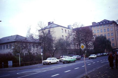 Alte Gebäude vor 1991
