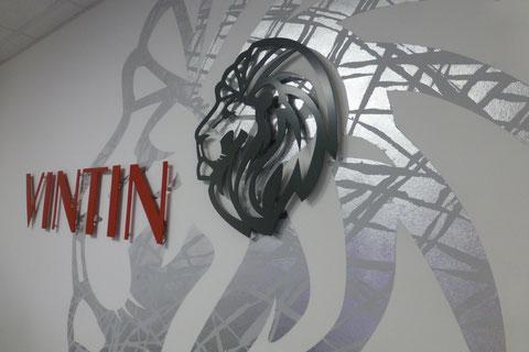 """VINTIN_wandgestaltung_ronnizettner """