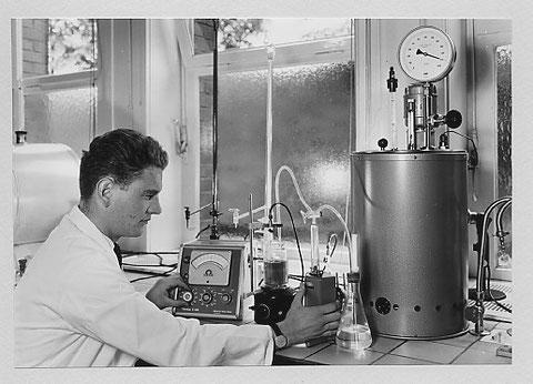 Chemische Materialprüfung