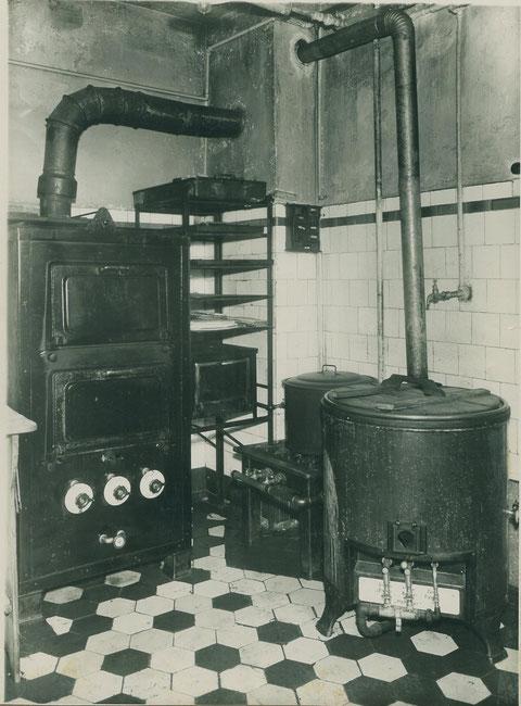 Gasanlage im Cafe Baier 1930