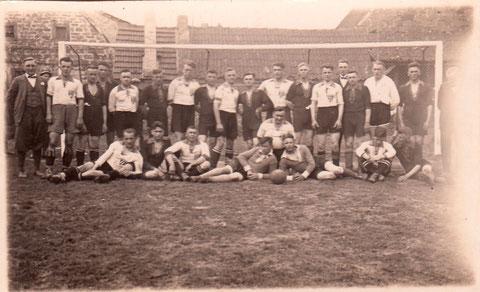 FC05 sechster v. links Ludwig Kress
