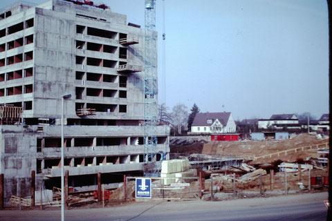 Baustelle Leopoldina-Krankenhaus 1976 - Danke an Christel Feyh - Foto Helmut Feyh