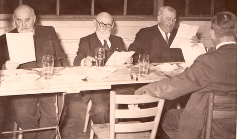 Theodor Vogel (links)