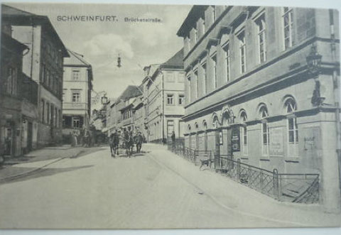 Brückenstraße um 1900; rechts das heutige Naturkundemuseum