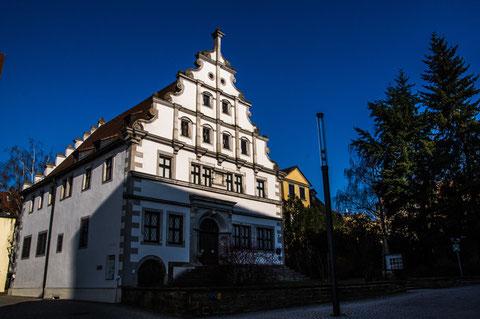 Altes Gymnasium am Martin-Luther-Platz - 1