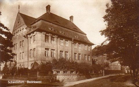 Bezirksamt Theresienstraße 2