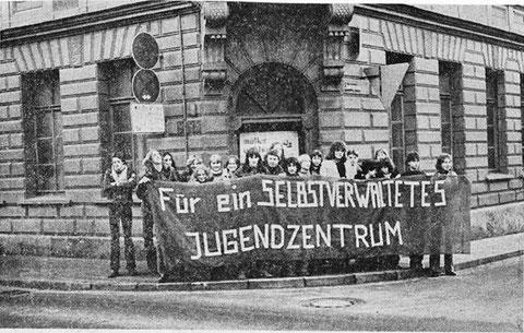 """Das """"Sofa"""" - Jugendzentrum - Brückenstraße 20 - hier steht heute das Georg-Schäfer-Museum"""