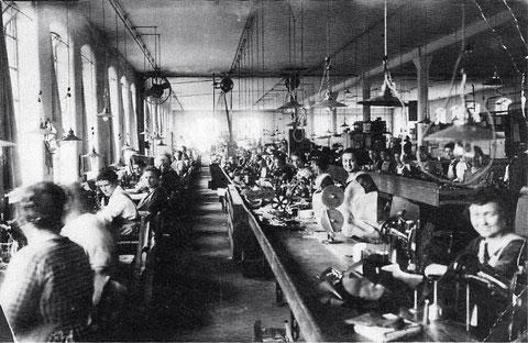 Schuhfabrik Silberstein & Neumann , Ende der 1920er-Jahre; Foto: Stadtarchiv Schuhfabrik Silberstein & Neumann , Ende der 1920er-Jahre; Foto: Stadtarchiv