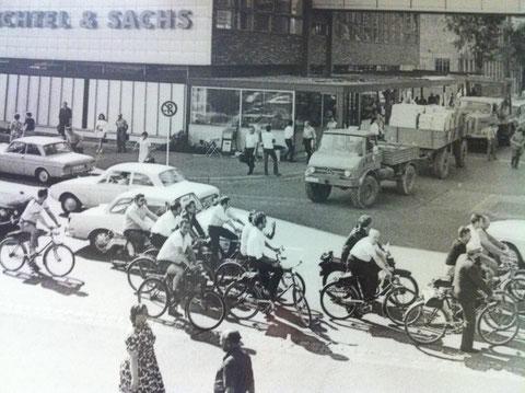 Betriebsschluss bei Fichtel & Sachs Schweinfurt um 1960