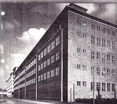 SKF - Nachkriegsgebäude in der Schrammstraße um 1954