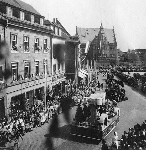 9. Mai 1954 - Festzug zur 700-Jahresfeier