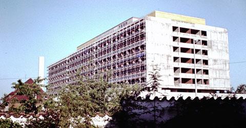 Mai 1977 - Baustelle Leopoldina-Krankenhaus - Danke an Christel Feyh - Foto Helmut Feyh